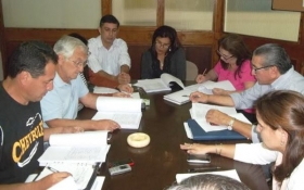 CONCEJALES ANALIZARON PROYECTO DE PRESUPUESTO MUNICIPAL 2015