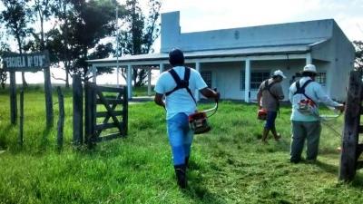 ASUNTOS RURALES: El Municipio de Goya pone en condiciones las escuelas rurales para el inicio de clases
