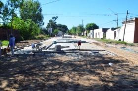 MUNICIPIO TRABAJA EN PAVIMENTACION, BACHEO Y AMPLIACION DE REDES DE AGUA Y CLOACAS