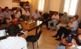 SOLICITAN FONDOS PARA ARREGLO DE CAMINOS AFECTADOS POR LAS LLUVIAS Y CONCUERDAN ACCIONES DE ASISTENCIA