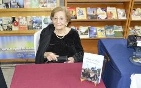 GRUPO LITERARIO MARTA ELGUL DE PARIS REÚNE A ESCRITORES CORRENTINOS EN CASA DE LUGONES