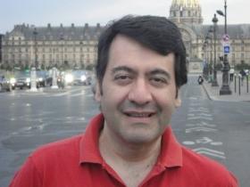 SOCIALES: Cumple años hoy Daniel Lesteime